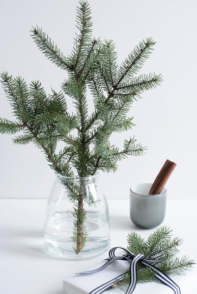 Grey Christmas 7.jpg