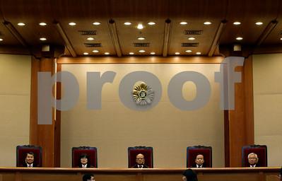 south-korean-court-abolishes-law-criminalizing-adultery