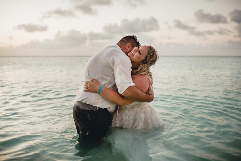 Requiem Images - Aruba Riu Palace Caribbean - Luxury Destination Wedding Photographer - Day after - Megan Aaron -50.jpg