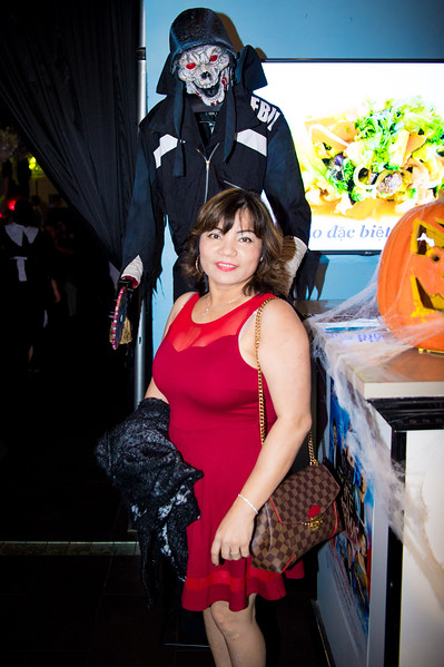 171027 TQ's Halloween Party 0065.JPG