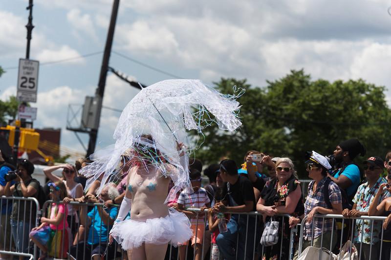 2019-06-22_Mermaid_Parade_1846.jpg