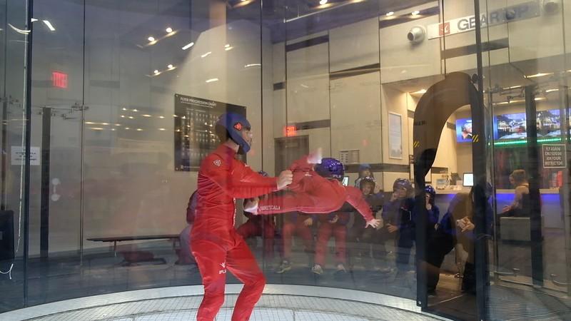 20171006 251 iFly indoor skydiving - Katie.MOV
