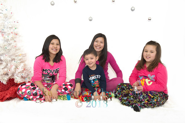 Flores Kids 2013 Christmas Portrait