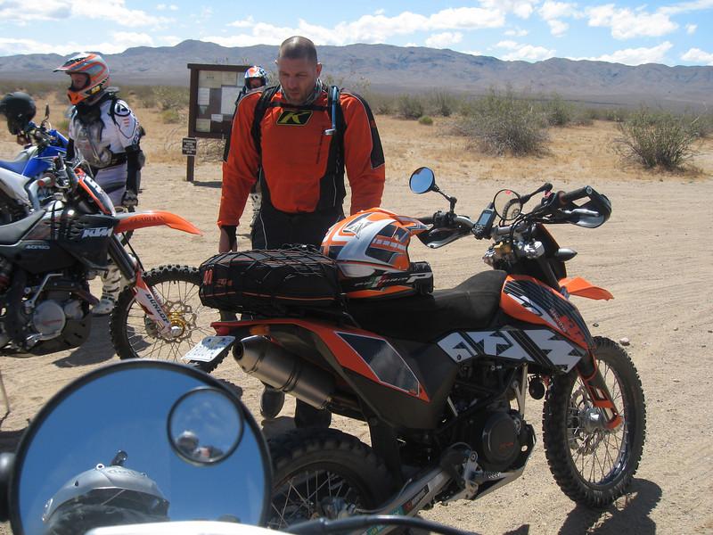 Mojave2009-06-06 09-56-26.JPG