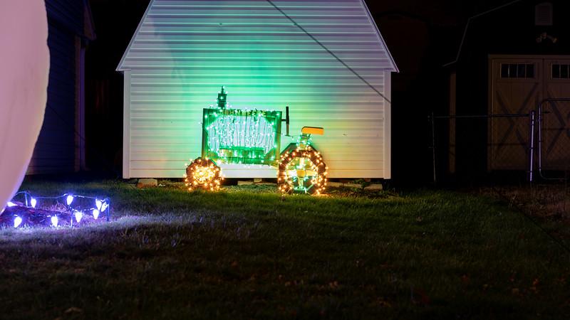 logan-elm-village-christmas-lights-118.jpg