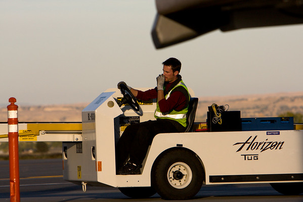Taylor Capers, Intern with Horizon Air