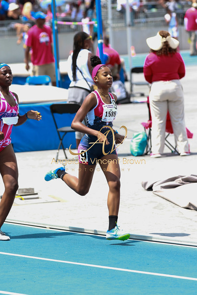 800m Semifinals