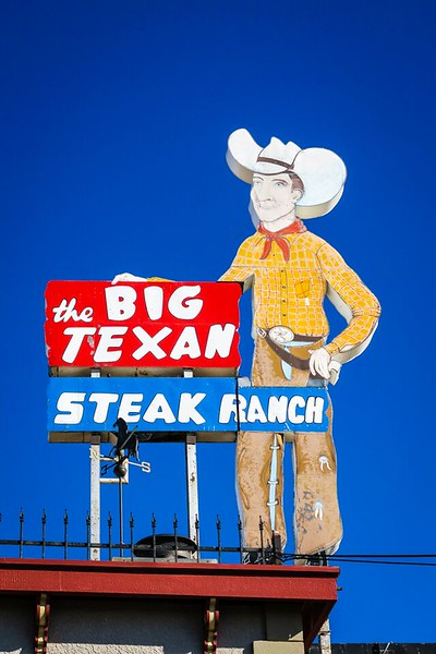 Big Texan statue in Amarillo, Texas while on a southwestern road trip