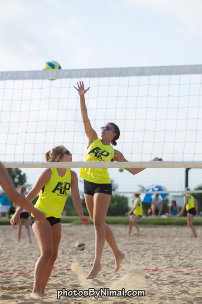 APV_Beach_Volleyball_2013_06-16_8971.jpg