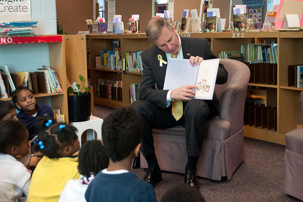 President Peterson Reads at Centennial Place Elementary