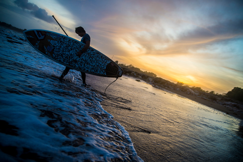 Paddleboard sunrise01.jpg