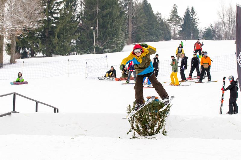 Snow-Trails_Mid-Season-2015-SpFeat-13.jpg