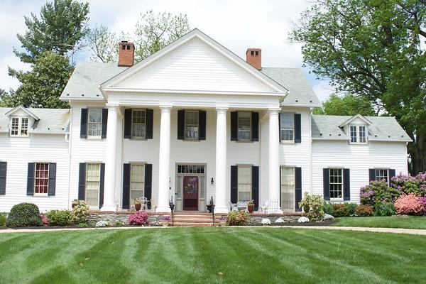 Crown Rose Mansion