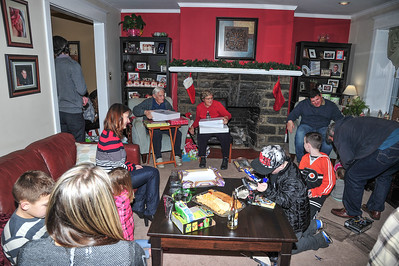 Sherwood Family Christmas & Dad's 89th Birthday...