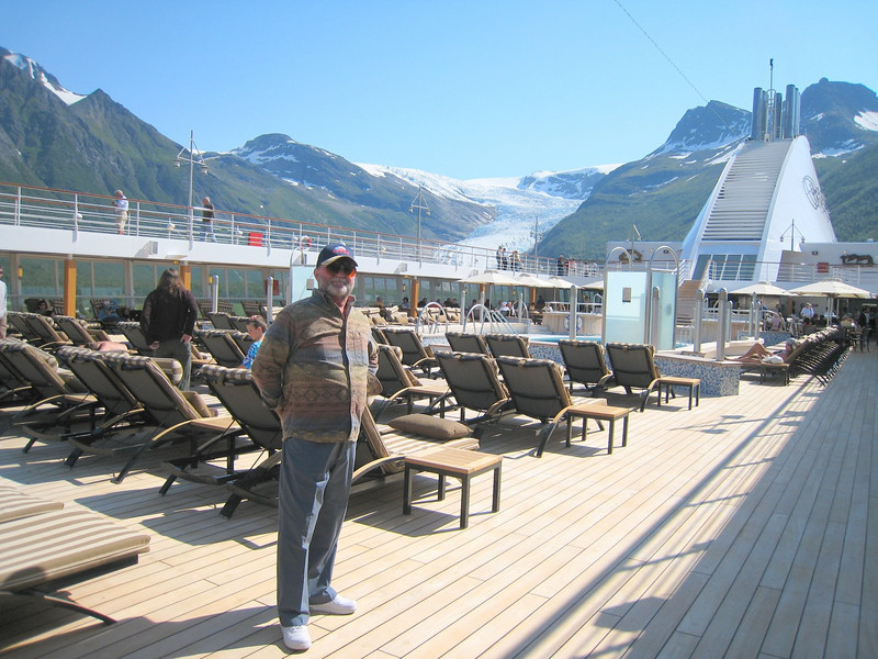 DRB on the pool deck with Svartisen glacier in the background