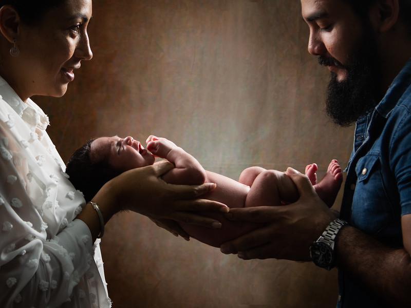 2019.09.09 - Newborn Austin (34).jpg