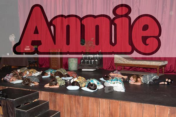 Kids On Stage:  Annie
