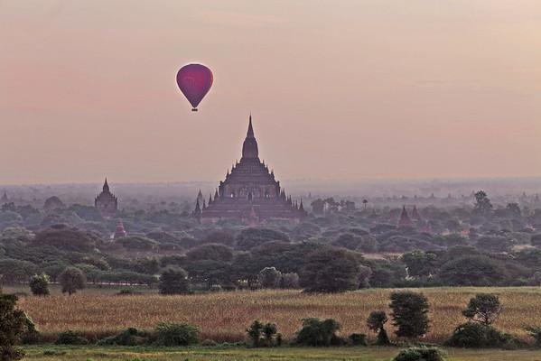 Plaine des 1000 pagodes vue de Shwesandaw