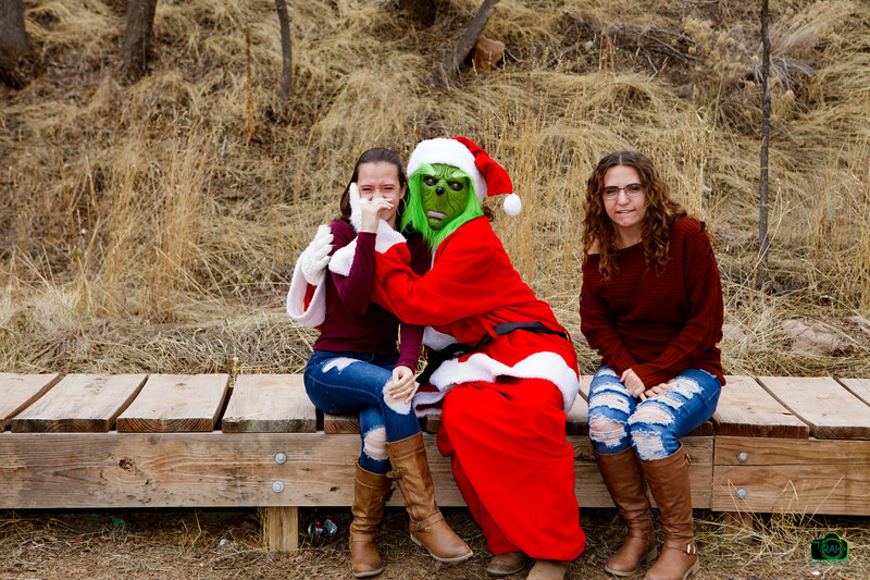 Houghtailing Grinch Pix