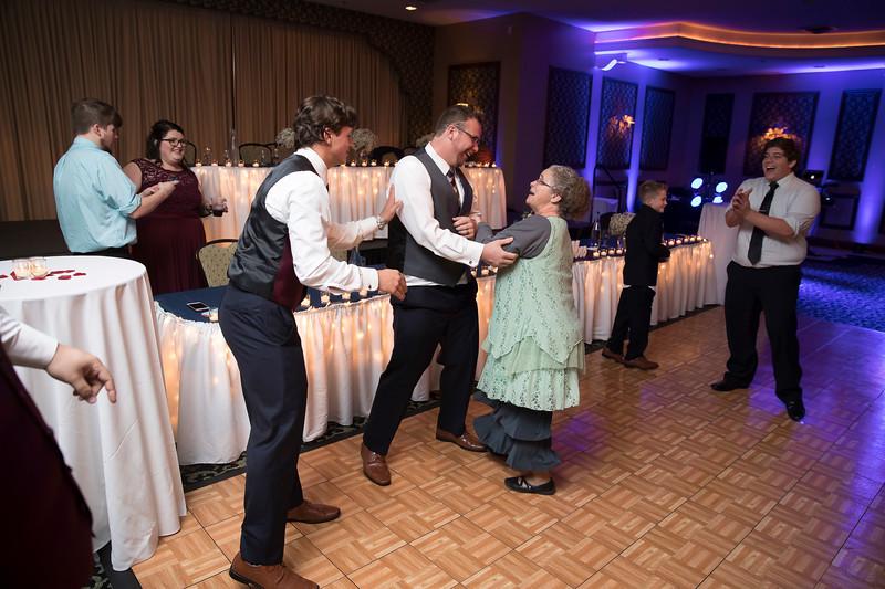 Amanda & Tyler Wedding 0985.jpg