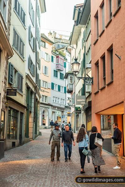 Zuri Streets