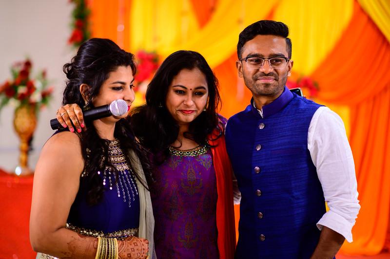 2019-12-Ganesh+Supriya-3930.jpg