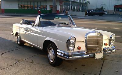 1964 Mercedes 220 SE (white)