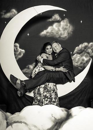 Jen & Aaron's Paper Moon Wedding Photobooth!