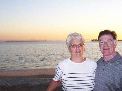 2005_10 Monterey - Mom