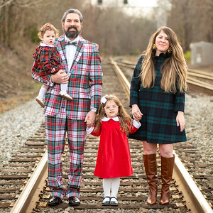 Adrianne & Liam's Family Portraits Quick Picks