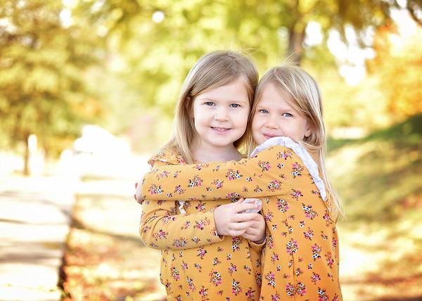 Madison & Abigail {fall mini}