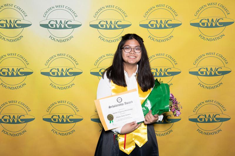 Scholarships-Awards-2019-0851.jpg