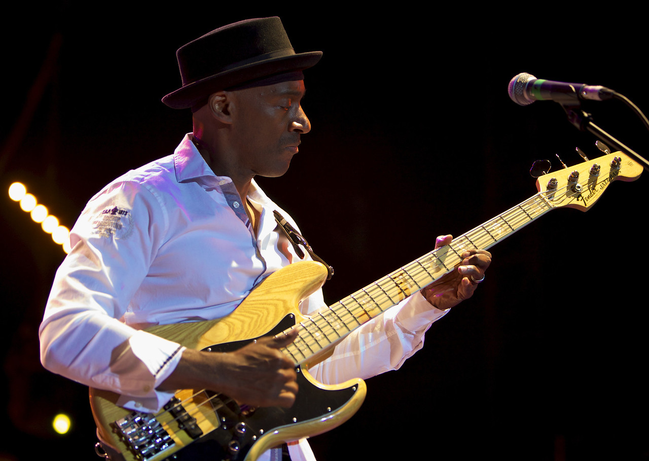 Marcus Miller at Jazz à Juan 2010 2<br /> Marcus Miller and the Philharmonic Orchestra of Monte-Carlo  in concert at Jazz à Juan 2010