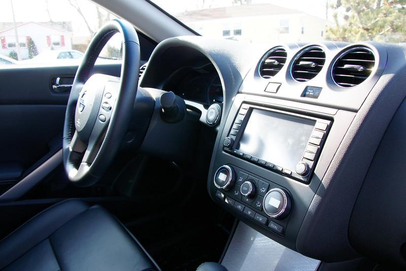 Nissan Altima Coupe 9.JPG