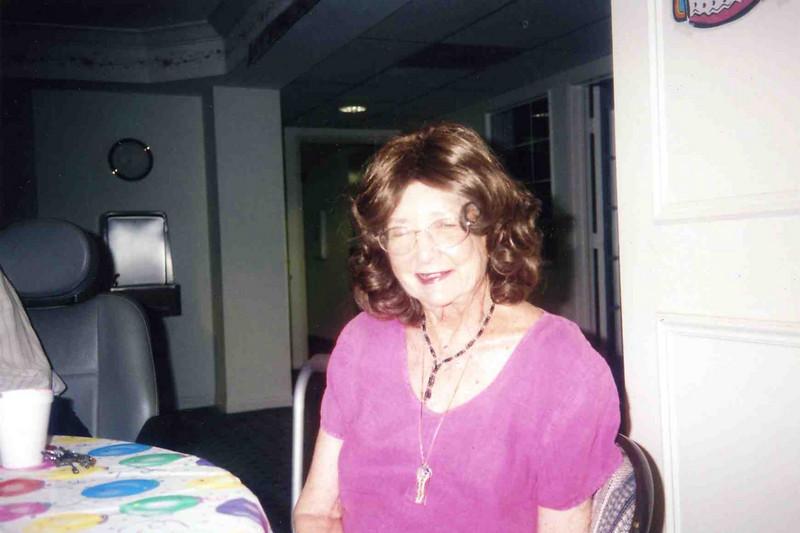 Grandma031.jpg