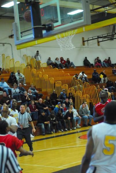 20090301_MCC Basketball_5684.JPG