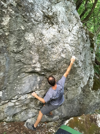 11 04 Bouldering at Krizna Gora