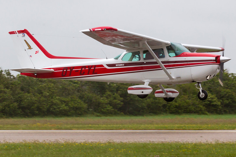 OY-CYL-Cessna172NSkyhawk-Private-STA-EKVJ-2010-06-12-_O7F4600-DanishAviationPhoto.jpg