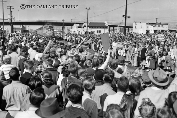 . Berkeley, CA October 9, 1952 - Dwight Eisenhower is met by a crowd of people, many students of University of California at the Berkeley railroad station. (Oakland Tribune Staff Archives)  Unpublished