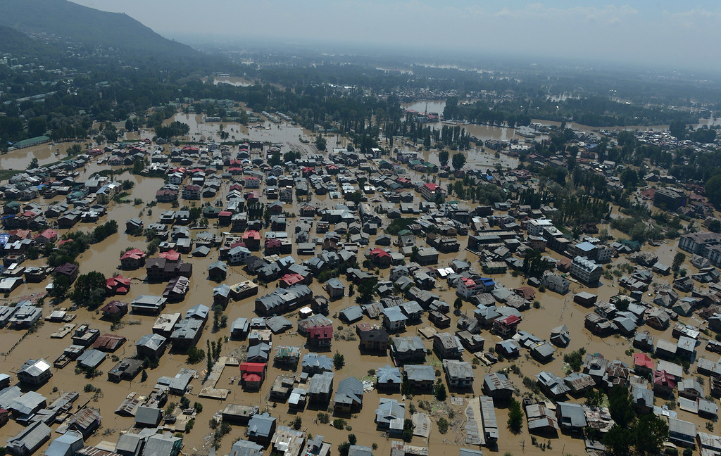 . Kashmiri houseboats and houses submerged by floodwater are seen from an Indian Air Force helicopter during rescue and relief operations in Srinagar on September 10, 2014.   AFP PHOTO/Tauseef MUSTAFA/AFP/Getty Images