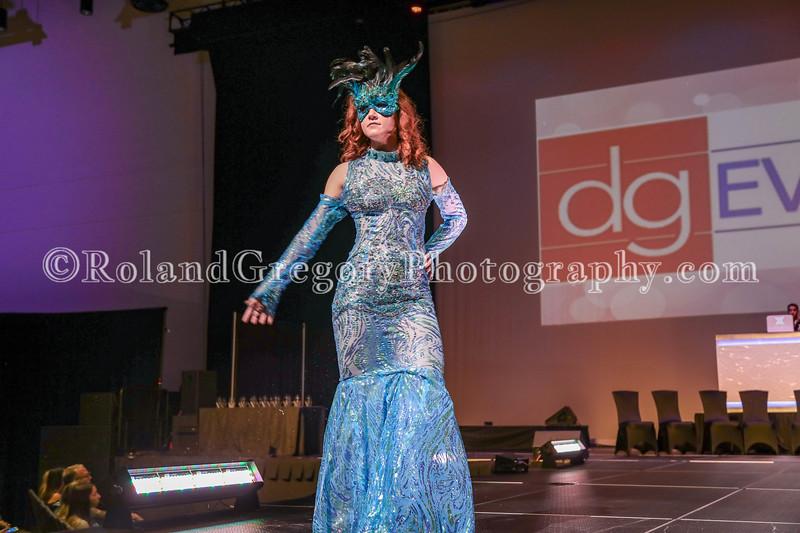 100 Womens Fashion show2019-3429.jpg