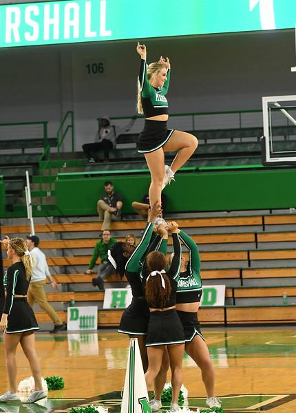 cheerleaders0432.jpg