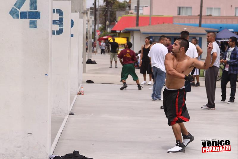 06.20.09 So-Cal Summer Slam  3-Wall Big Ball Singles.  1800 Ocean Front Walk.  Venice, ca 310.399.2775 (12).JPG