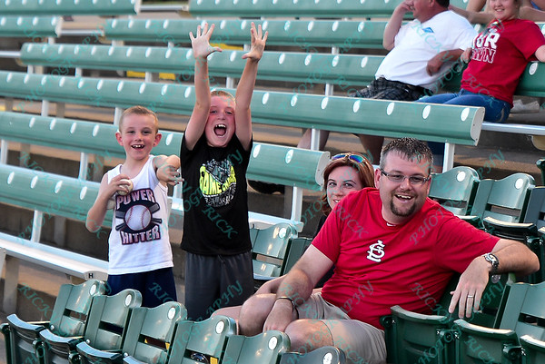 6/10/15-River City Rascals (8) vs Florence Freedom (1)