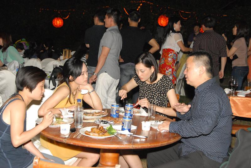 [20120630] MIBs Summer BBQ Party @ Royal Garden BJ (109).JPG