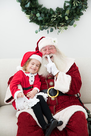 Kinnis Santa Short Story Session 2018
