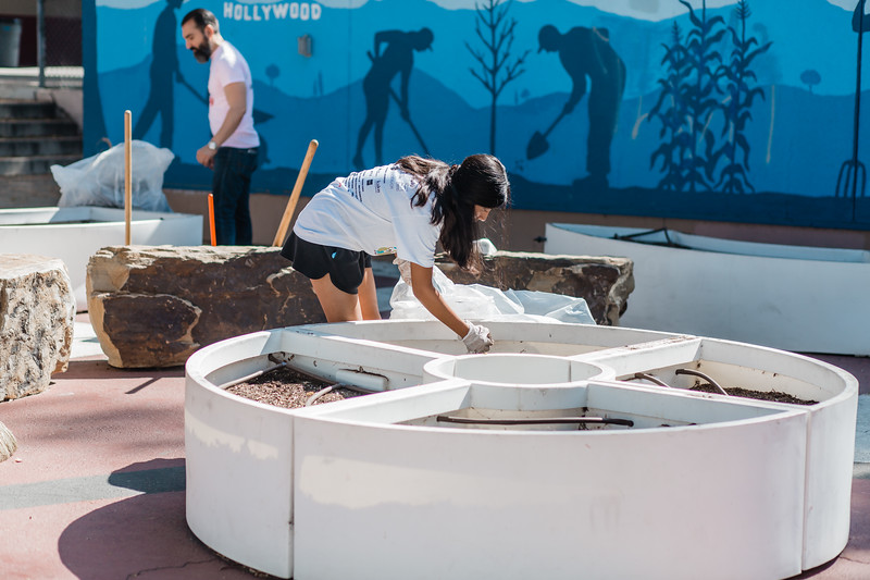2019_08_10_HollywoodHighSchool_ServeDay_FR-118.jpg