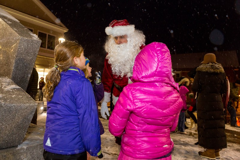 Orono-Festival-of-Lights-004.jpg