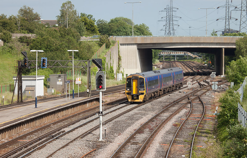First Great Western 158 798 in Millbrook (Southampton).