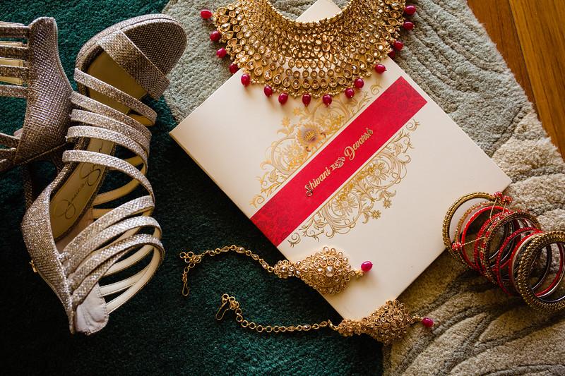 Candid Wedding Photographer Ahmedabad-1-126.jpg